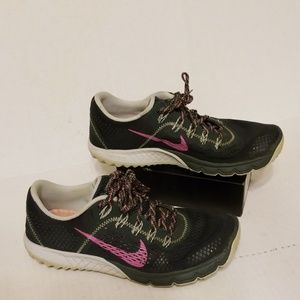 Nike Zoom Kiger Trail women's shoes size 8.5